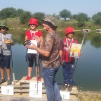 Риболов и емоции край водоема в с. Дъбован