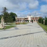 Приключи ремонтът на четири площадни пространства в община Гулянци