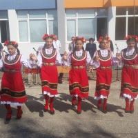 Първият учебен ден в община Гулянци – цветя, усмивки и вълнения