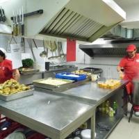 """170 лица от община Гулянци получават безплатно храна по проект """"Топъл обяд у дома"""""""