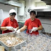 Община Гулянци подпомага с топъл обяд хора в затруднено положение